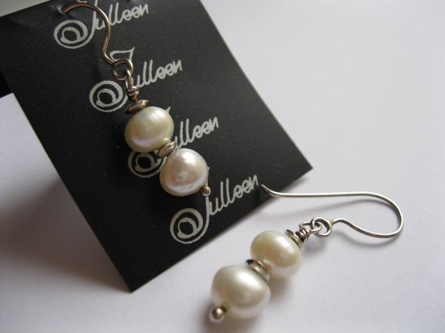 Pearl Earring in Sterling Silver