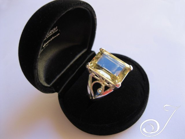 The beautiful Ms Duboir ring is again in stock