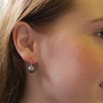 OLIVE PEARL EARRING