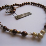 Bronze-Cream-Pearl-Necklace