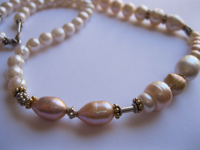 Short Pearl Necklaces on Etsy by Julleen
