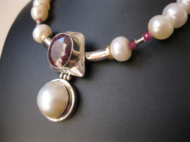 ruby_pearl_necklace1