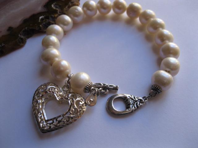Pearl Bracelets in Spring