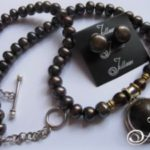 black_chocolate_pearl_mabe_necklace_set-300x225
