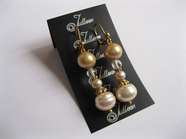 Pearl Jewellery with Gold Pearls