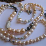 pink-black-aqua-pearl-necklace-with-crysocolla