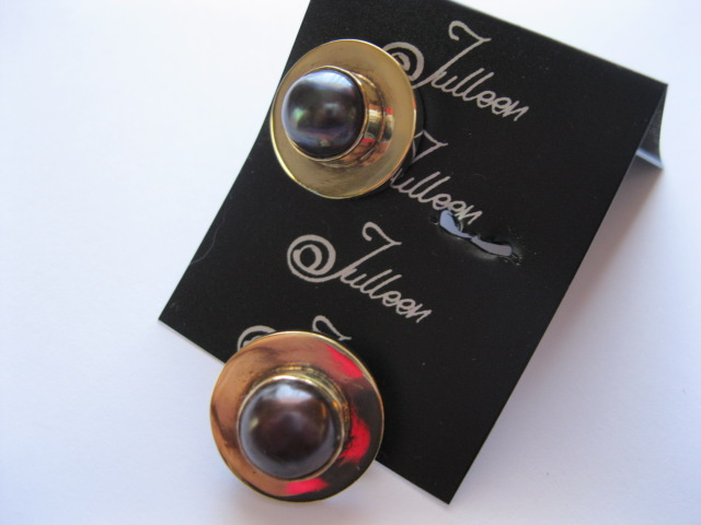 Black Pearl Clip ON Earring in Gold Vermeil