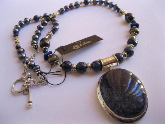 Sodolite-Pendant-Julleen-Jewels