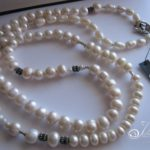 long-white-pearls-by-Julleen