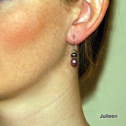 Mauve pearl earring