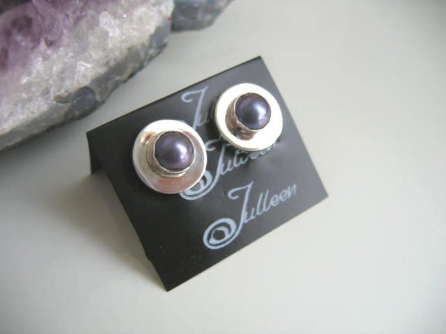 Black Pearl Studs in Clip Ons