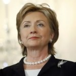 hilary-clinton-pearl-necklace