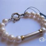 pearl_bracelet_white