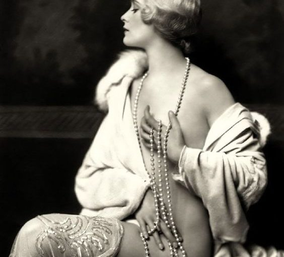 Vintage Image of Almost Nude – Woman With Pearls