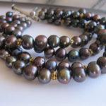 black 4 row pearl bracelet
