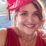 julia-ray-UK-Fascinator-red