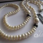 SV202-white-button-oval-pearl-necklace-Julleen