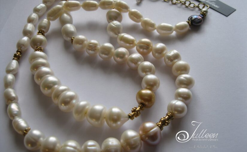 Long White Pearl Necklaces Never Date